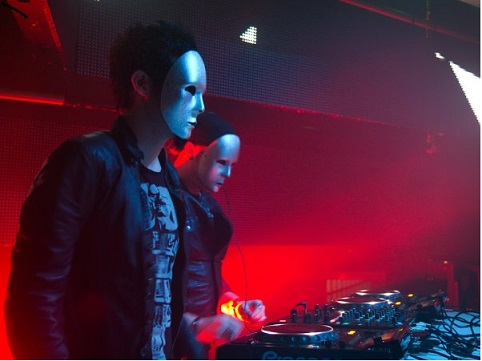 Burn DJ  KNIFE PARTY